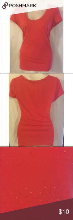 """Banana Republic Women Coral Stud TShirt Size Small Banana Republic woman's coral top with small gold studs/dots size small  From the summer 2013 line style# 556603-01 Measurements-  Bust: 35""""  Waist: 32""""  Length: 25""""       Customer service is my #1 priority! I strive to not only meet, but to exceed the standard. If for any reason you are unhappy with your order, I will make it right!    Thank you for supporting small business! Banana Republic Tops Tees - Short Sleeve"""
