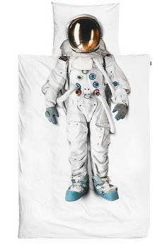 The coolest bed for little astronauts! #circu #magicalfurniture #rocket #inspiration #kidsroomideas #kids #dreamroom #dream #astronaut #space #sky #stars See our inspirations at http://circu.net Interior design Ideas, decorating ideas, unique, Design Ideas, decorative, interior decorator, interior design styles, Luxury Houses, contemporary, modern, mid Century, vintage, chic, insplosion, inspiration.