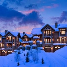 Fairytale Mountain Retreat in Montana, USA: Slopeside Chalets