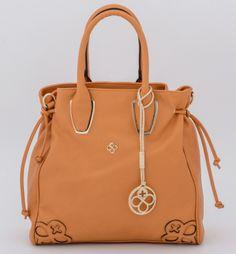 El bolso perfecto lo encuentras en Jaime Ibiza. #design #mexico #bags #fashion
