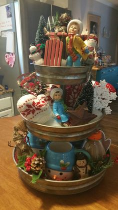 Creative Three Tier Stand Collections to Beautify Your Home Decor - DecOMG Country Christmas, Winter Christmas, Christmas Home, Vintage Christmas, Christmas Crafts, Christmas Centerpieces, Xmas Decorations, Galvanized Tiered Tray, Tiered Stand