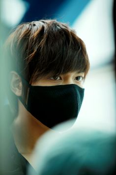 Kekekeke, behind his coolness..looks like Lee Min Ho got a crazy side and a funny side after all !! ^^ - During Boys Over Flowers (꽃보다...