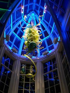 """Dale Chihuly """"glass chandelier"""" installation at the Franklin Park Conservatory Franklin Park Conservatory, Dale Chihuly, Glass Artwork, Light Architecture, Glass Chandelier, Light Installation, Stained Glass Windows, Sculpture, Columbus Ohio"""