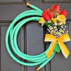 ! Waterhose wreath!