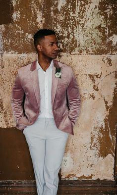 White Wedding Suit, White Tux, Wedding Men, Wedding Suits, White Pants, Summer Wedding, Groom Outfit, Groom Attire, Velvet Jacket Men