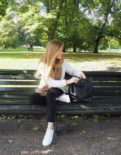 A LONDON WALK  www.yourddofme.be