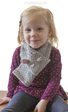 The Kitty Cat Scarf knitting pattern is a fun and easy knit, perfect for preschoolers and kids! Easy Scarf Knitting Patterns, Baby Hat Knitting Pattern, Easy Knitting, Knit Patterns, Cat Scarf, Knitted Cat, Loop Scarf, Cute Pattern, Pattern Ideas