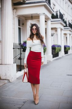Are You Am I Wearing my new favourite sweater from Are You Am I paired with the chicest skirt and pumps Fashion Look by The Golden Diamonds