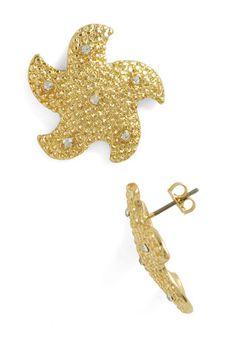 Aim for the Sea Stars Earrings