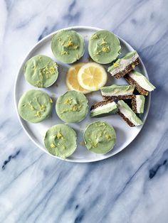 Raw Lemon-Matcha Tartlets