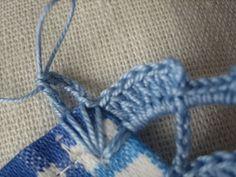 Filomena Crochet and Other Lavores: - Bec À Crochet Filet Crochet, Crochet Lace Edging, Crochet Amigurumi, Crochet Stitches, Knit Crochet, Snow Flakes Diy, Crochet Bikini, Sewing, Knitting