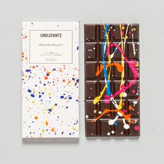 Crafted by the dedicated artisans at Unelefante, the Chocolate Graffiti bar is first created by maitre chocolatier Chef Jorge Llanderal and his family using single-origin cocoa (50%) from Colombia. Th