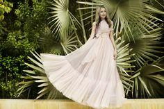 Glamour photo shoot with designer @marmar_halim #dubai #fashion #streetstyle street style dubai editorial