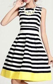 ärmelloses Casual Kleid mit Streifen-schwarz und weiß 15.34