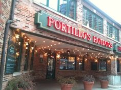So excited that Portillos will be FINALLY opening in Scottsdale next year . Best Italian Beef EVER !