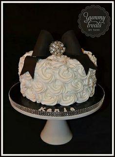 Simple Rosettes cake!