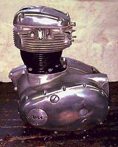 bsa engine | Triumph 650 - 750 Twins engine rebuilds include: