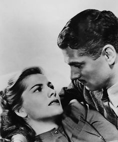 Joan Fontaine (looking more nervous than usual) and Laurence Olivier. Publicity photo for Rebecca.