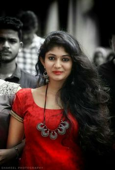 Teenage Indian beautiful girls sexy cleavage images and largest sexy navel images and hot thunder thighs legs pictures and sexy boobs visibl. Beautiful Girl Indian, Beautiful Girl Image, Beautiful Long Hair, Beautiful Indian Actress, Beautiful Actresses, Dehati Girl Photo, Girl Photo Poses, Girl Photos, Beauty Full Girl