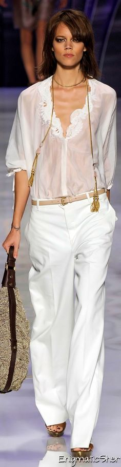 Etro Spring Summer 2010 Ready-To-Wear Beautiful detail
