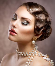 Great gatsby inspired 20s hair and make up