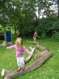 let the children play: Ideas for adding natural elements to your outdoor play space - Part 2 Outdoor Learning Spaces, Kids Outdoor Play, Outdoor Play Areas, Backyard Play, Outdoor Fun, Play Yard, Natural Playground, Outdoor Playground, Playground Ideas