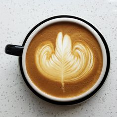 My first and so far only pour of the day. A clean Rosetta. #home #EspressoMachine #Rosetta #Latte #LatteArt #Espresso #EspressoArt #Coffee #CoffeeArt #freepourart #freepourjunkie #LA #OC #practice http://ift.tt/1VbgBi2