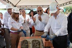 Gobierno construirá 30 mil aulas de clase en Colombia [http://www.proclamadelcauca.com/2015/06/gobierno-construira-30-mil-aulas-de-clase-en-colombia.html]
