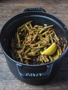 Recipe: Greek-Style Braised Green Beans Recipes from The Kitchn | The Kitchn