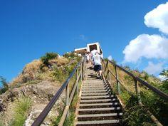 Diamond Head Hiking - Oahu, HI
