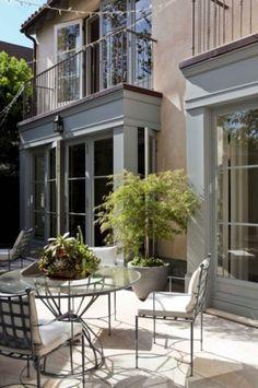 mediterranean patio by Studio William Hefner