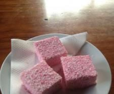 Recipe Marshmallows by Janine Smith, learn to make this recipe easily in your kitchen machine and discover other Thermomix recipes in Baking - sweet. Wrap Recipes, Gourmet Recipes, Sweet Recipes, Dessert Recipes, Recipes With Marshmallows, Homemade Marshmallows, Mulberry Recipes, Mushrooms, Sweets