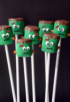 Frankenstein Marshmallow Pops. #Halloween #candy