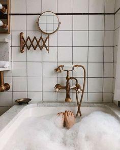 The Ludlow Hotel's Bathroom Will Have You Spending Vacation-The Ludlow Hotel's Bathroom Will Have You Spending Vacation in the Tub Ludlow Hotel, Das Hotel, Modern House Design, Bathroom Interior, Interior Paint, Bathroom Inspiration, Decor Inspiration, Decor Ideas, Sweet Home