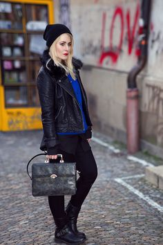 80ies, Fashion, Inspiration, make up, hair, hair style, photography, blonde, Blogger, Deutschland, Germany, Fotografin, Freiburg, Christina Key, Berlin, Cool, Sexy, Coat, How to wear, camel, brown, fluffy, style, look, clothes, fall, autumn, christina keys blog, nico treeman, smile, portrait, girl, beauty, woman, culrs, blonde, make up, christina key's blog, freiburg im breisgau,