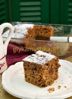 Φανουρόπιτα Greek Sweets, Greek Desserts, Sweet And Salty, Sweet Recipes, Banana Bread, Food And Drink, Foods, Cakes, Food Food