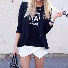 Ideas Black Ankle Boats Outfit Summer Shorts Street Styles For 2019 Cute College Outfits, Cute Outfits, Night Outfits, Belle Silhouette, Blazers, Mode Inspiration, Fashion Inspiration, Look At You, Street Chic