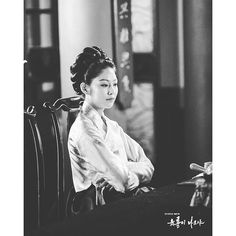 160311 Six Flying Dragons Photo Sketch  #육룡이나르샤  #공승연 #gongseungyeon #sixflyingdragons #rootsofthethrone  credit: sbs.co.kr