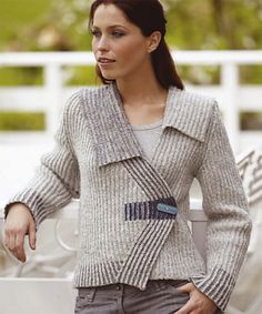 Haarlem Jacket pattern by Nancy Marchant : Ravelry: Haarlem Jacket pattern by Nancy Marchant Double Knitting, Hand Knitting, Knitting Designs, Knitting Patterns, Vogue Patterns, Sewing Patterns, Knitted Cape, Knit Picks, Jacket Pattern