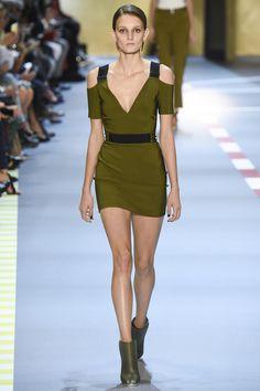 Mugler Spring 2016 Ready-to-Wear Fashion Show - Mica Arganaraz