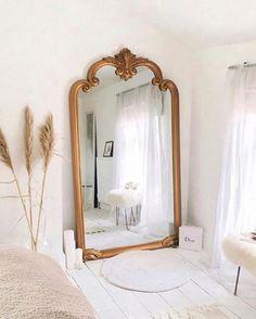 Home Interior Design xx.Home Interior Design xx Minimalist Bedroom, Modern Bedroom, Contemporary Bedroom, Parisian Bedroom Decor, Vintage Inspired Bedroom, Parisian Apartment, Apartment Living, Contemporary Nightstands, Paris Apartment Interiors