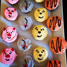 Winnie the Pooh cupcakes. something i could do