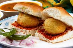 8 Must Have Foods In Nagpur - Reacho