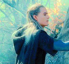 Legolas being beautiful...again