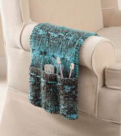 Free knitting pattern for Armchair Caddy knit in one piece with three pockets Knitting Room, Loom Knitting, Knitting Patterns Free, Knit Patterns, Free Knitting, Free Pattern, Knitting Needles, Knitting Projects, Crochet Projects