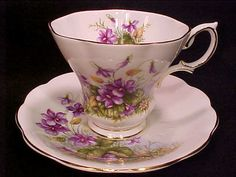 Gorgeous Royal Albert SUNNYSIDE China Cups And Saucers, Teapots And Cups, China Tea Cups, Teacups, Vintage Cups, Vintage Tea, Vintage China, Royal Albert, Teapot Cookies
