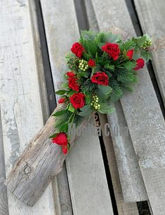 Funeral, Bouquets, Christmas Wreaths, Holiday Decor, Winter, Flowers, Grief, Winter Time, Bouquet