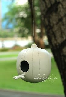 Modern design bird house made from ceramic with an color glaze interior.Color outside is white natural clay, glaze color inside availa whit. Bird House Feeder, Bird Feeder, High School Ceramics, Homemade Clay, Happy Design, Color Glaze, Ceramics Projects, Ceramic Birds, Salt Dough