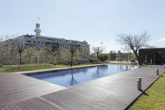 Apartment in Lisbon, Portugal. Modern Lisbon  Expo 98 Parque das Nações Close to metro station With swiming pool Private parking available New flat Beautifull Security 24 hours per day Oriente Subway Close to the Aquarium Riverview Vasco da Gama Shopping Center  This house is n...