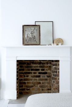 Fireplace ideas aren't easy to find. This is why we made this collection of fireplace design ideas that will get the fire started. Simple Fireplace, Open Fireplace, Stove Fireplace, Fireplace Surrounds, Fireplace Mantels, Fireplace Ideas, Minimalist Fireplace, Fireplace Design, White Fireplace Surround